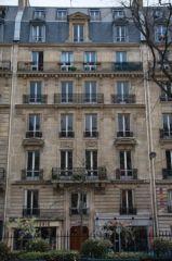 Limmeuble De Jules Combecau Vie Urbaine Une Comparaison Européenne